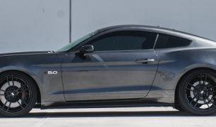 gary-magnetic-gray-metallic-ford-mustang-gt-competition-pack-concave-rotary-forged-flow-formed-gloss-black-r-spec-wheels-side-profile-banner